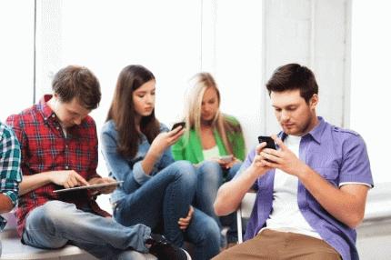 这些人用微信收发个信息竟被处分?真相是……